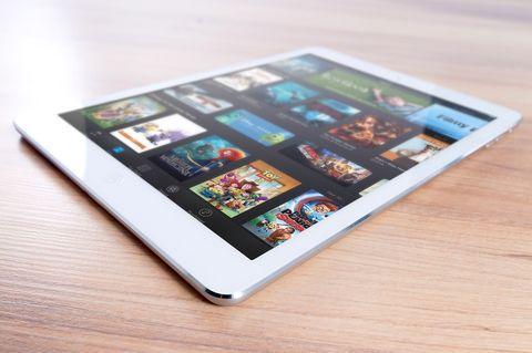 Apple iPad Pro(6th Gen) Tablet (9.7 inch, 128GB, Wi-Fi)